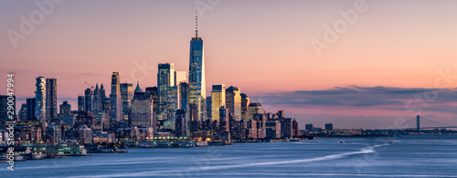 One World Trade Center and skyline of Manhattan in New York City, USA Canvas Print