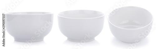 Photo  white ceramics bowl isolated on white background