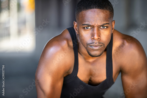 Fototapeta  Inspirational exercise and fitness portrait of african american male athlete, in