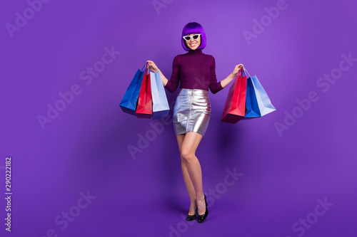 canvas print motiv - deagreez : Full length photo of stylish lady holding packs in hands wear trendy outfit isolated purple background