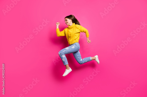 Photo sur Toile Ecole de Danse Full body profile side photo of cheerful lady jumping running wearing yellow pullover dotted denim jeans isolated over fuchsia background