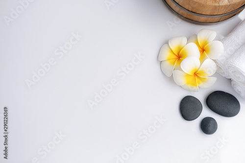 Poster Spa Spa treatment concept. Spa background with spa accessories on white background.