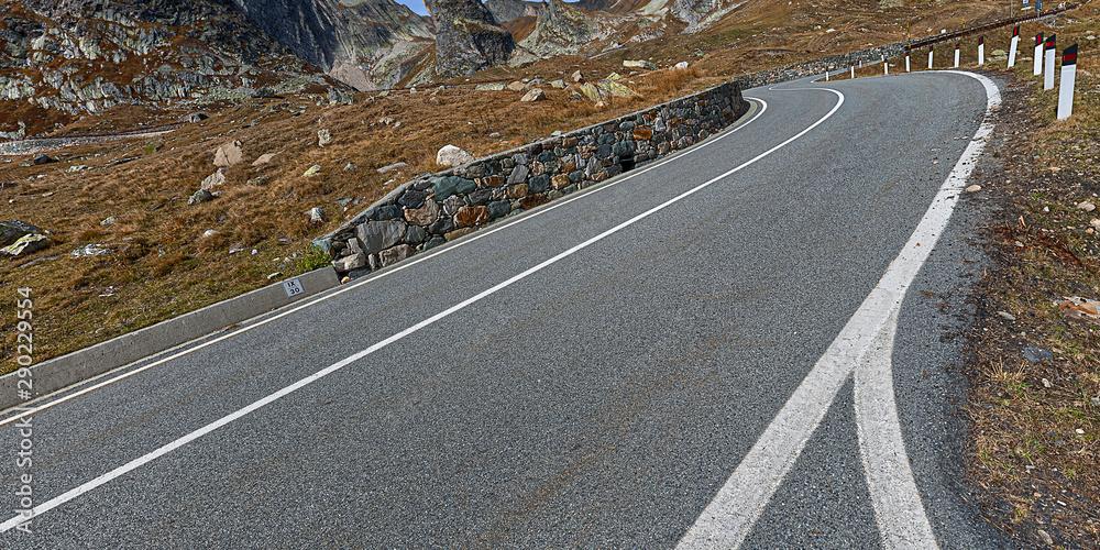Fototapeta st. bernhard mountain pass road