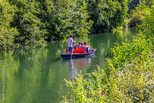 Fotografie, Obraz Promenade en barque dans le Marais poitevin