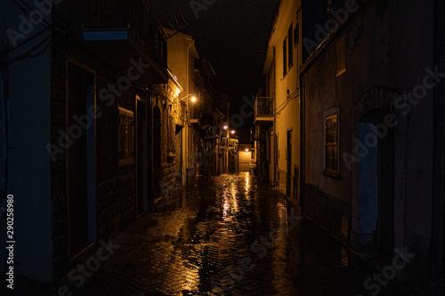 Fototapeten Schmale Gasse Strade di borgo