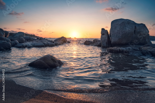 Poster Gris traffic Sunrise over boulders at Cavallo Island in Corsica