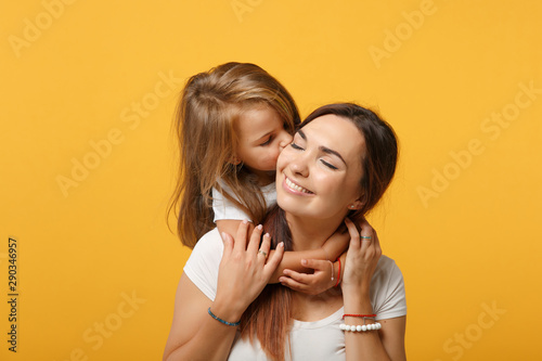 Woman in light clothes have fun with cute child baby girl 4-5 years old Tapéta, Fotótapéta