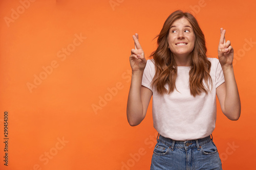 Studio photo of charming young redhead woman with hairstyle waring casual clothe Tablou Canvas