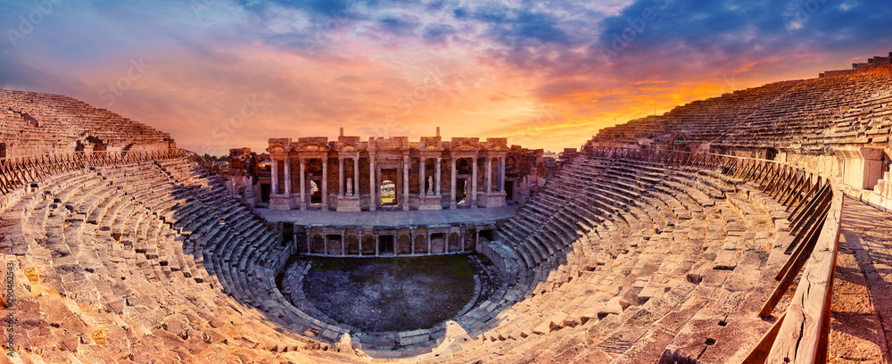 Fototapeta Amphitheater in the ancient city of Hierapolis