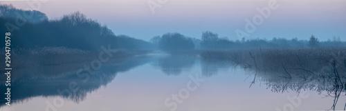 Foto auf AluDibond Rosa dunkel Early Morning at Shapwick Heath