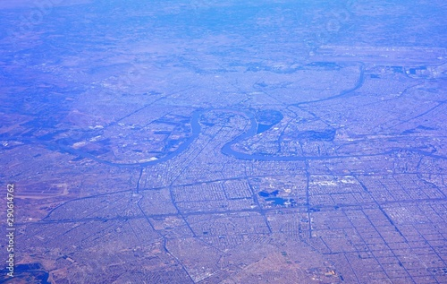 Aerial view of Baghdad, the capital of Iraq located along the Tigris River Fototapet