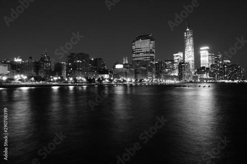 Fototapety, obrazy: New York night. Black and white vintage style.