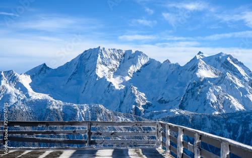Canvastavla Snowy balcony with view Courchevel