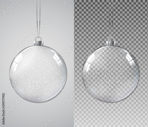 Fotomural  Glass Transparent Christmas Ball with Snow. Vector Illustration
