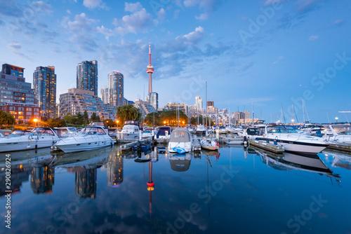 Fotografie, Obraz Toronto city skyline at night, Ontario, Canada