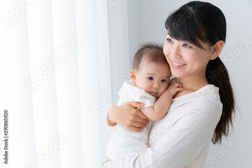 Obraz 赤ちゃんとお母さん - fototapety do salonu