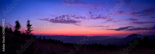 Obraz Colorful skyline over the mountains in early morning before sunrise - fototapety do salonu