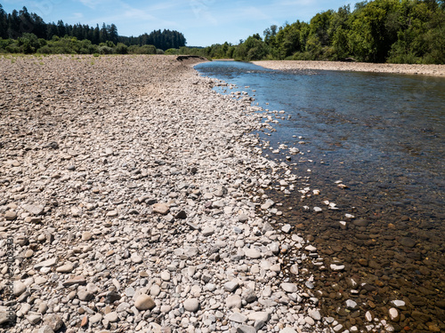 Canvas Print Rocky river bed with shallow river