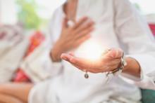Receiving Positive Emotions – Hand Gesture