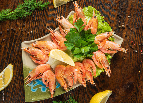 Pays d Asie shrimps with lemon and herbs