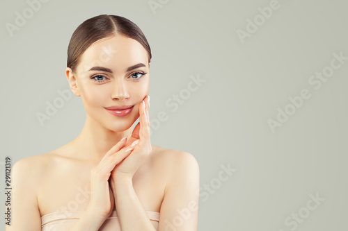 Poster Ecole de Danse Cute spa model woman with clear skin. Skincare and facial treatment concept