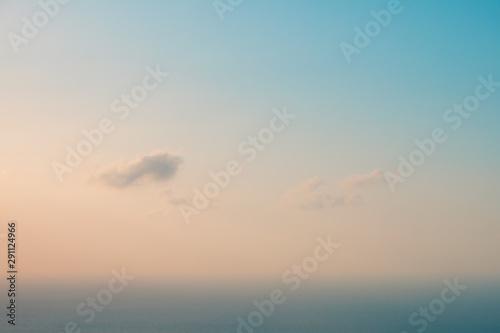 Fotomural blue sky and cloud over ocean background - summer horizon -