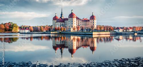 Foto auf AluDibond Herbst Incredible morning view of Moritzburg Baroque castke. Romantic autumn scene of Saxony, Dresden location, Germany, Europe. Traveling concept background.