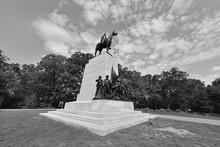 Gettsyburg Virginia Memorial  ...