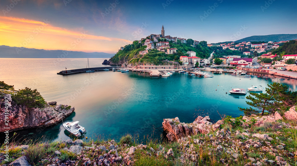 Fototapety, obrazy: Exciting morning cityscape of Vrbnik town. Colorful summer seascape of Adriatic sea, Krk island, Kvarner bay archipelago, Croatia, Europe. Beautiful world of Mediterranean countries.