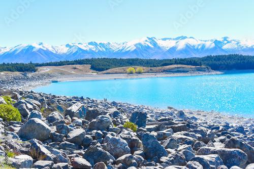 Foto auf Leinwand Pool Lake Pukaki viewing point with mountain on snow