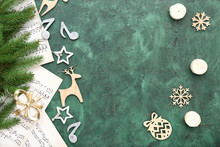 Note Sheets And Christmas Deco...