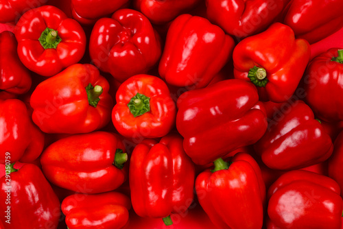 Stampa su Tela Fresh red bell pepper background.