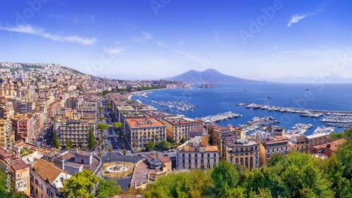 Papiers peints Naples the beautiful coastline of napoli, italy