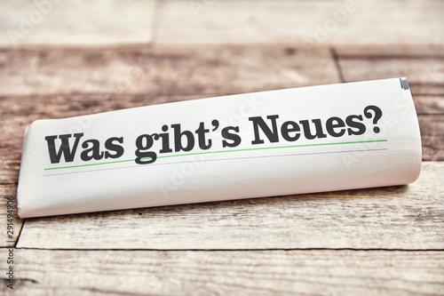 Fotografija Was gibt's Neues auf Titelseite einer Zeitung