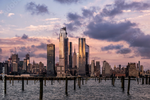 Photo Stands New York Sunset at Hudson Yards skyline of midtown Manhattan view from Hudson River