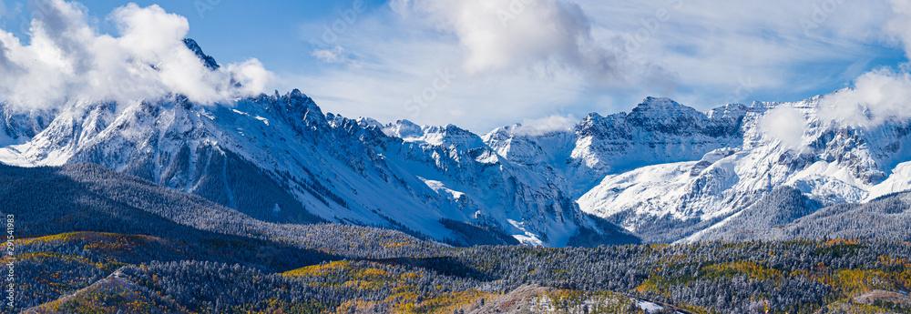 Fototapety, obrazy: Panoramic of the San Juan Mountain Range. Beautiful and Colorful Colorado Rocky Mountain Autumn Scenery
