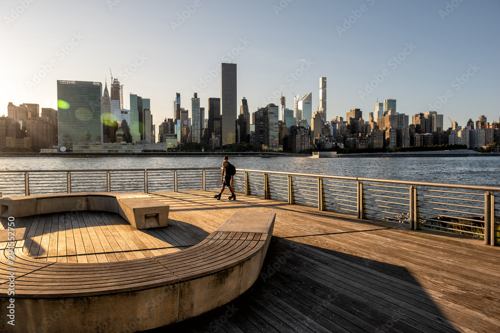 Fototapety, obrazy: The buildings of midtown Manhattan view from Long Island City