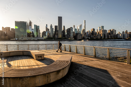 Printed kitchen splashbacks New York The buildings of midtown Manhattan view from Long Island City
