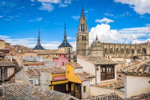 Fotografía  Toledo, Spain old town skyline.