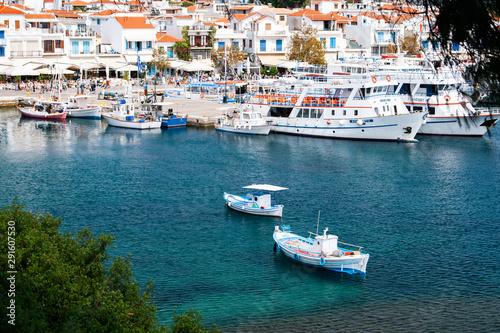 Printed kitchen splashbacks Athens boats in a bay in the scenic island Skiathos