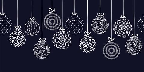 Elegant Christmas baubles s...