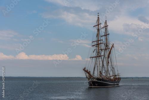 Fényképezés the brig eye of the wind in the sea