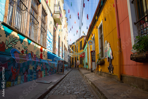 Fototapety, obrazy: Valparaiso street