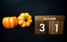 Wooden Calendar On October 31 ...