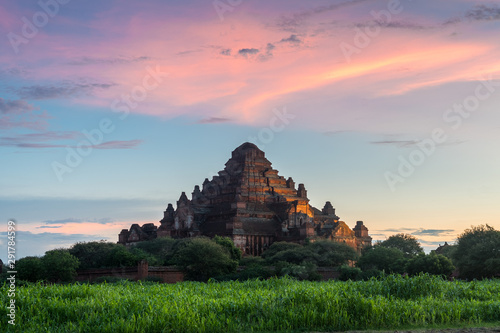 Photo amazing view of bagan temples, myanmar