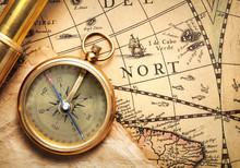 Antique Compass And Spyglass O...