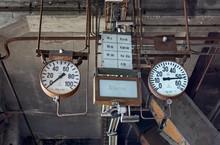 Power Plant Analog Pressure Ga...