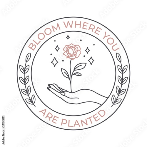 Fotomural Bloom are planted where you phrase in round shape vector illustration