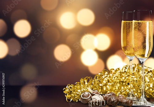 Champagne Flutes with Chocolate and Streamer Tapéta, Fotótapéta