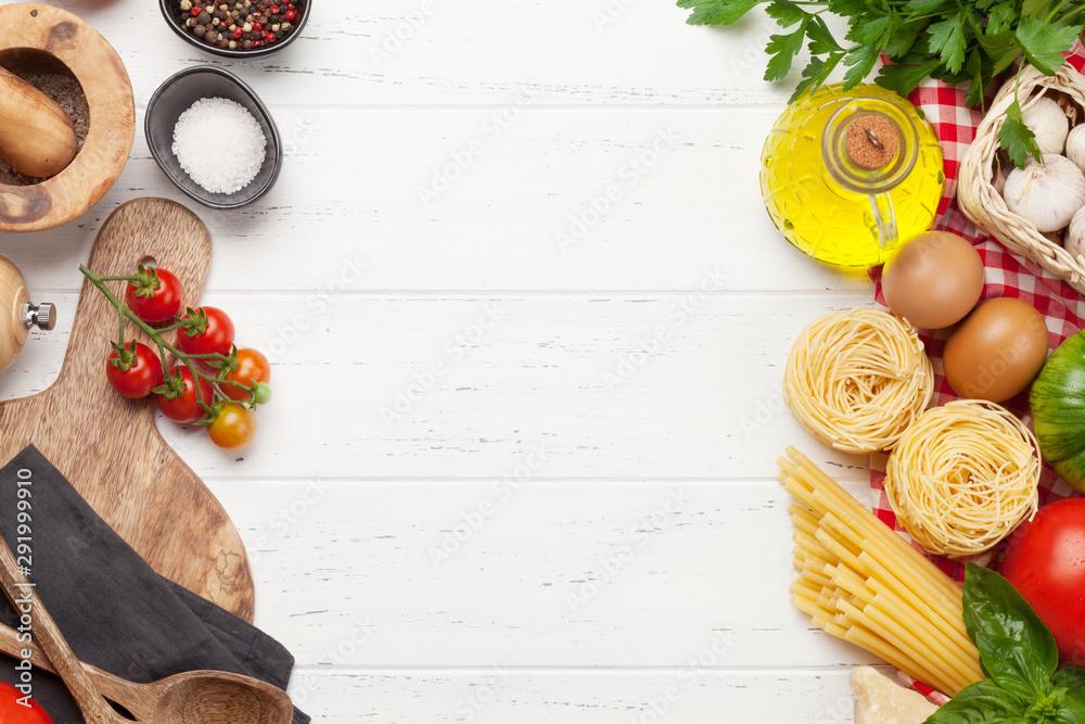 Fototapeta Pasta, tomatoes and herbs